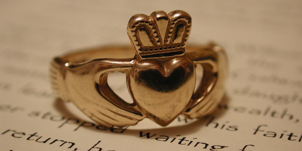 Why People Wear Claddagh Ring